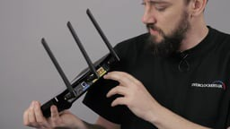 (HD Video) TP-LINK Touch P5 Router Overview