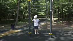 The benefits of monkey bars for kids (4 years old)