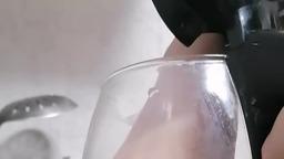 Как почистить чайник и утюг?