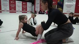 Для кого подходят занятия ?художественной гимнастикой?
