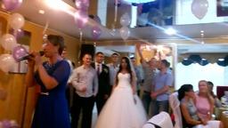 На свадьбе у подруги