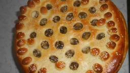 """Тесто """"Как пух"""" и пирог из него с начинкой из картофеля с грибами."""