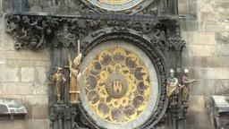 Часы на Вацлавской площади в Чехии
