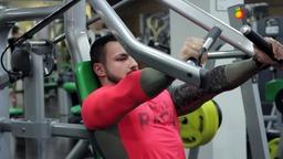 Комплекс упражнений на тренировку мышц груди